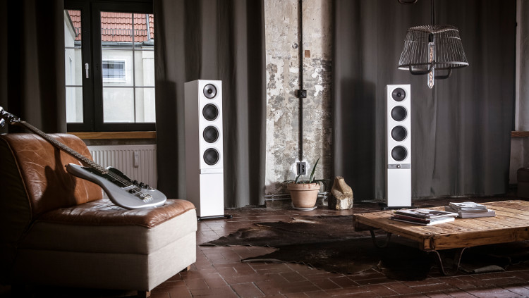De streaming speakers STEREO L in witte uitvoering